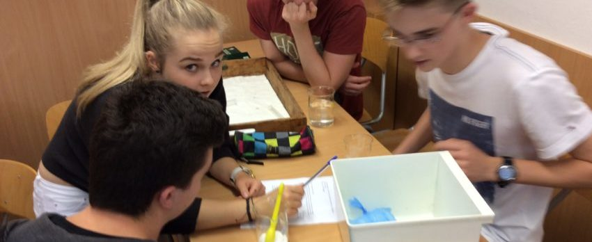 Summer School students chemistry course