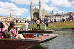 summer school students enjoying punting in Cambridge