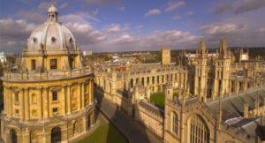 summer school students visiting Oxford